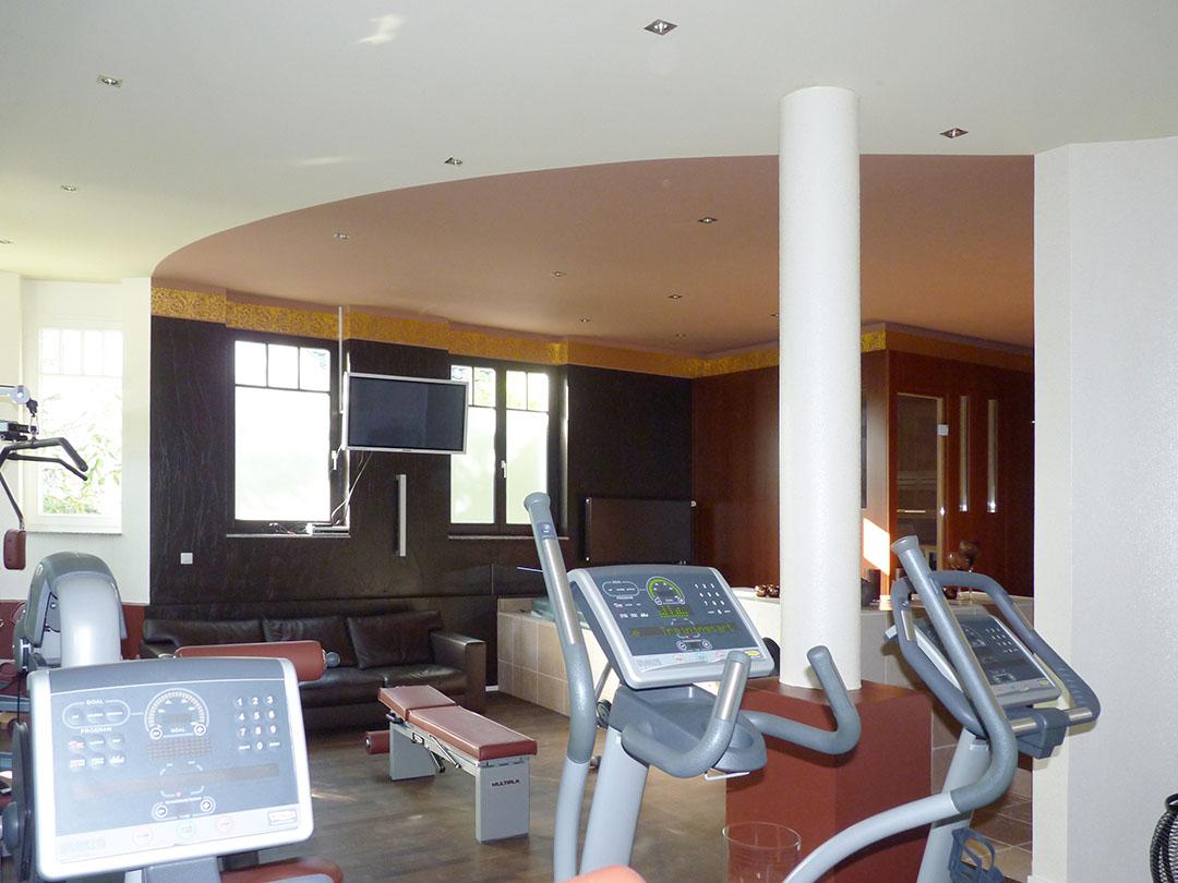 Fitnessraum wandgestaltung  Wandgestaltung – privater Fitnessraum – Wohnraumgestaltung ...