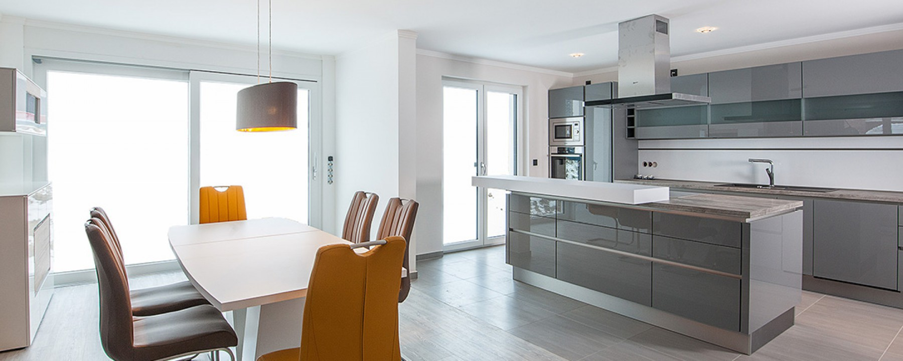 Innenraumgestaltung – Küche – Wohnraumgestaltung – FARBCOMPANY